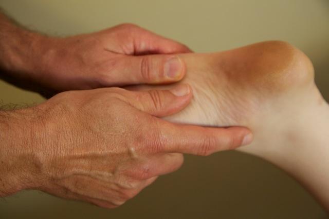 foot mobilisation technique